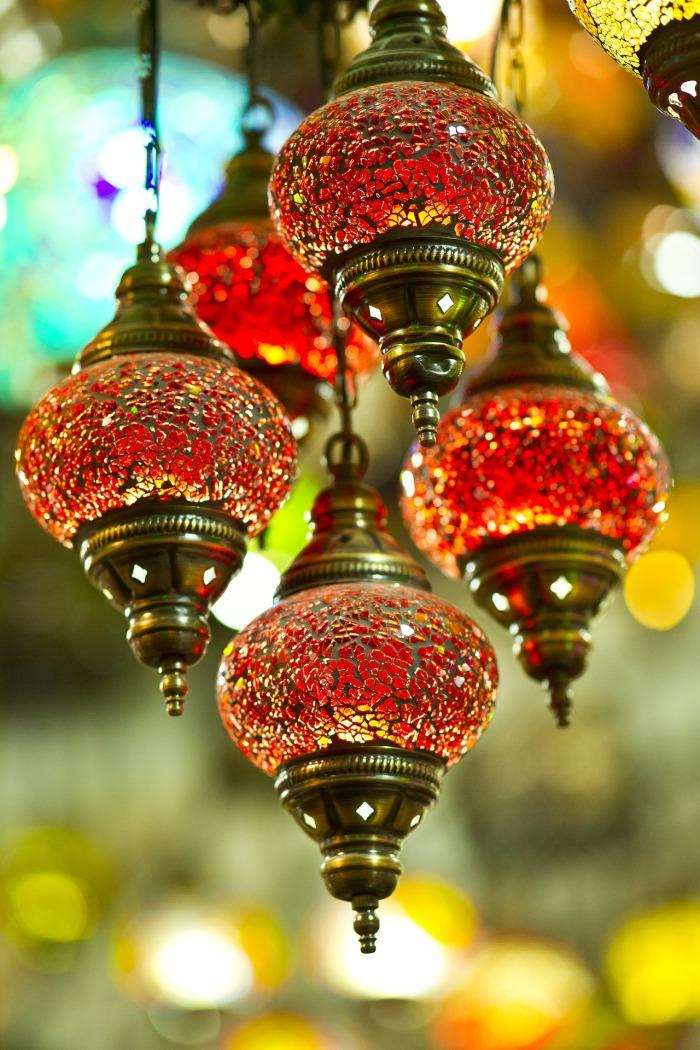chandelier-2306308_1920