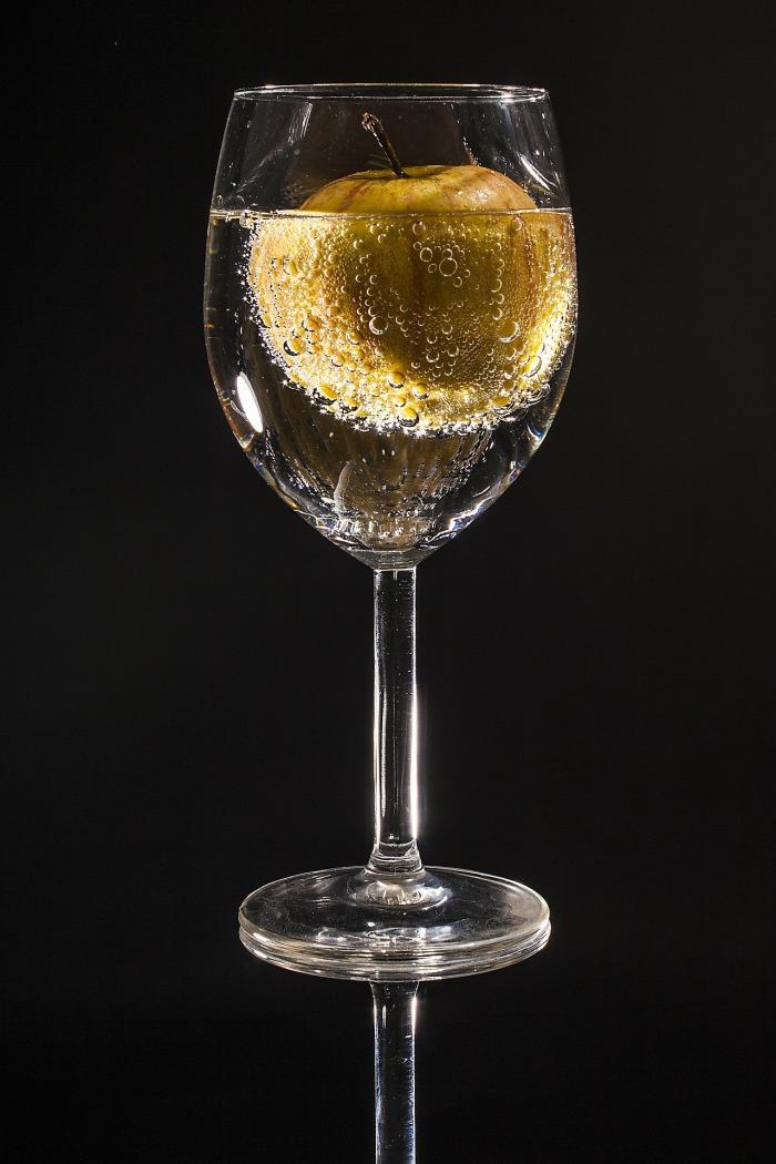 glass-100967_1920